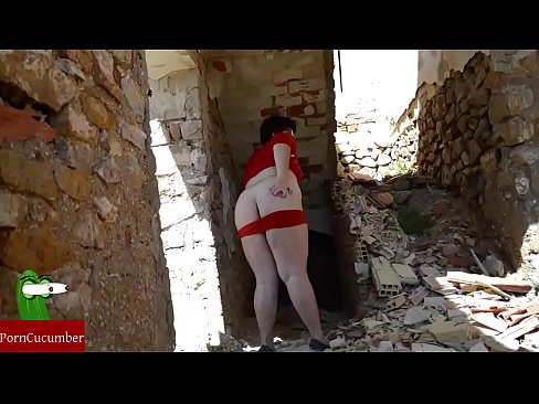 Practicing sex with a fat woman in the ruins of a house. CRI025's Thumb