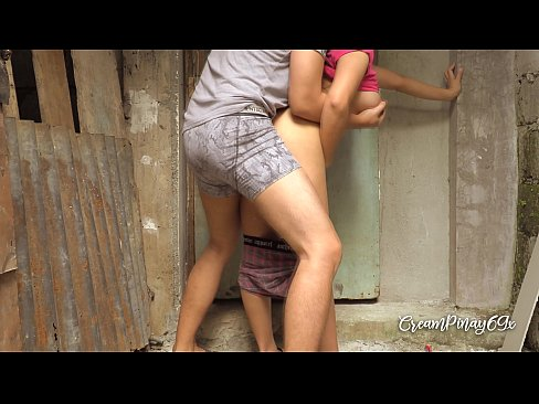 Clip sex Cheating Pinay Wife Kinantot ng Kapitbahay - Outdoor Sex Scandal