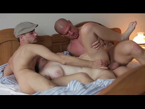 MMF Threesome with beautiful chubby girl