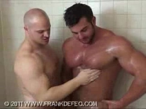 xvideos muscle worship gay