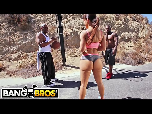BANGBROS – Big Booty MILF Lisa Ann Gets DP From Rico Strong and Prince Yashua