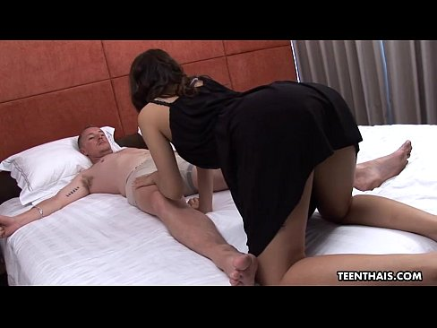 Cumming on her belly กับ so much passion