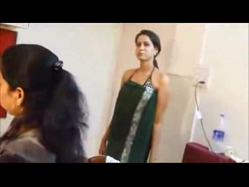 Oops moment actress bollywood