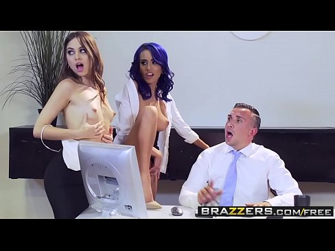 Brazzers – Brazzers Exxtra – Aidra Fox Janice Griffith Lana Rhoades Riley Reid and Keiran Lee –  Off