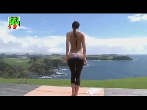 Horny Women in Yoga Pants Compilation, Babes In Hot tight Hot spandex, Roundest leggings