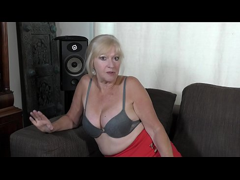 Clip sex Naughty with neighbour's SON !