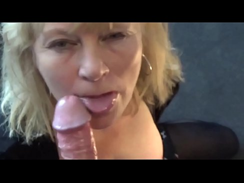 I Got A Blowjob From My Hot Mom