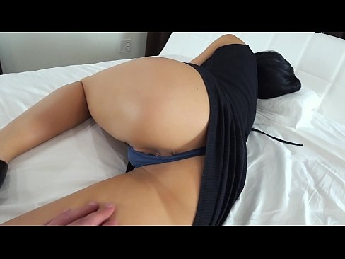 Clip sex My stepmom is sleeping, and I fuck her