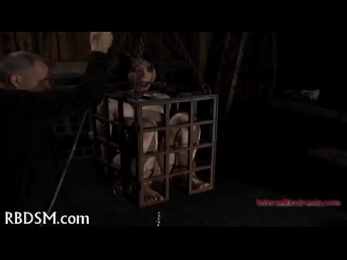 Clip sex Hard drubbing for masked babe