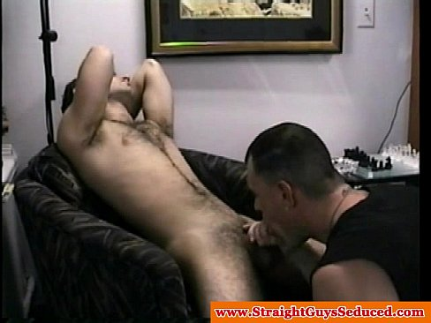 Jerking straight blown by gay dilf