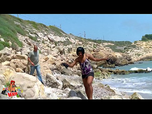 Black Pussy On The Beach - White cock in black pussy at the beach » Free Porn Videos ...