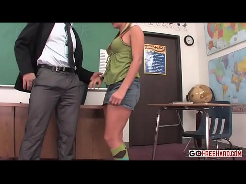 Lilly Kingston Fucks Her Professor For An A