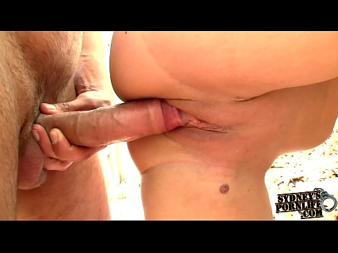 Big Boobed Amateur Get Her Pussy Fucked Outdoors!