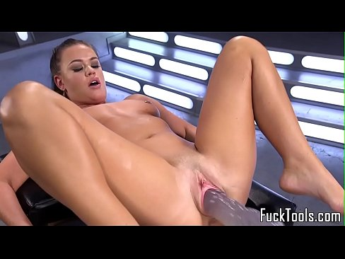 cover video busty babe t oys pussy while fisting her ass