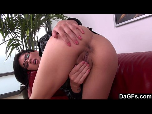 Cute Kami fingers her pussy