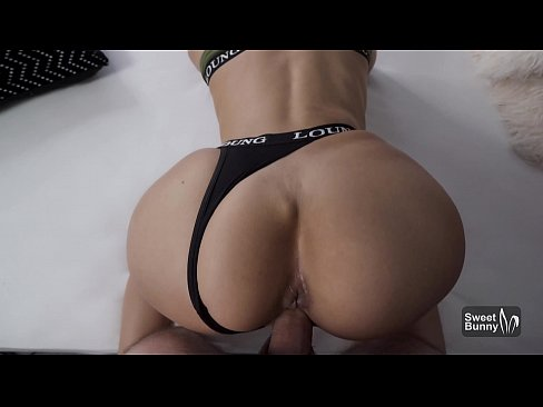 Clip sex College Girl Fucked Hard While Her Parents Are Home