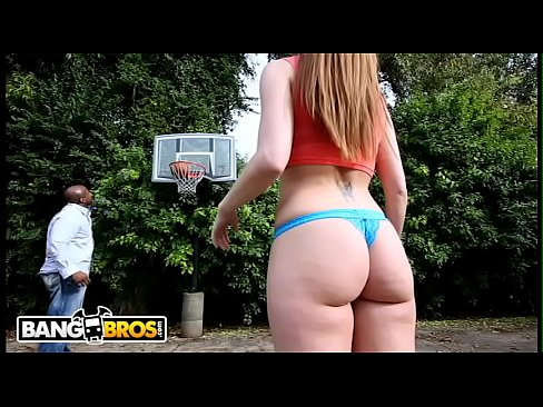 BANGBROS – Petite PAWG Brooklyn Chase Getting Worked By Prince Yahshua