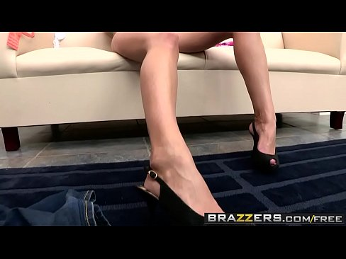 Brazzers – Shes Gonna Squirt – House Arrest Anal Fest scene starring Zoey Holiday and Erik Everhard