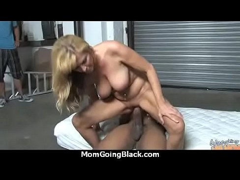 Cool Sexy Mom Getting Black Cock 23