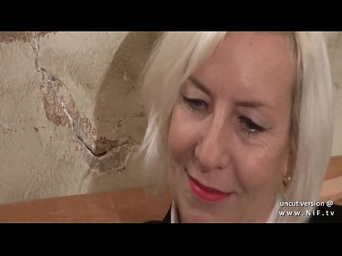 naughty amateur french mature ass gaped and pounded with cum in mouth