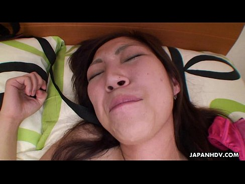 Asian floozy getting her wet pussy fucked in her stockings's Thumb