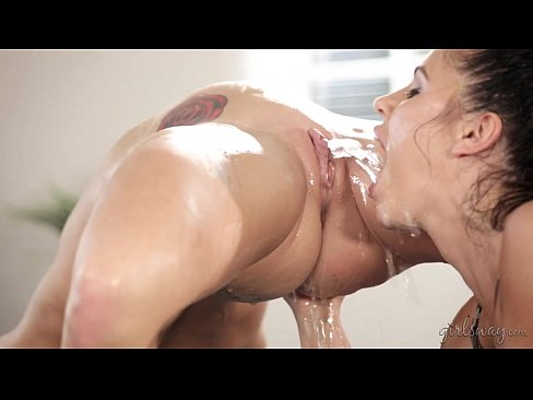 lesbian squirting and scissoring over and over wont last 6:13 without squirting!?