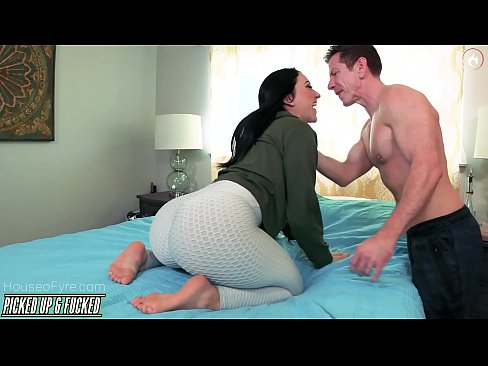 Mandy Muse ANal sex with Laz Fyre
