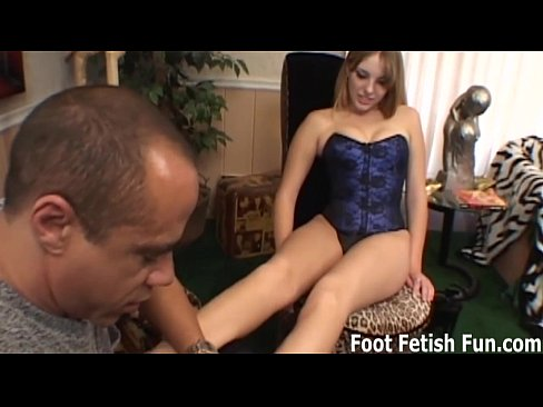 you look like you could use a nice footjob3