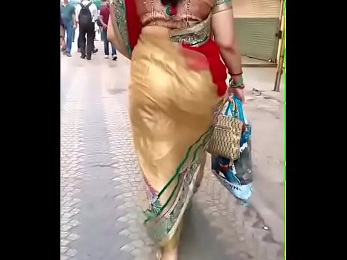Saree Bhabhi in big gaand