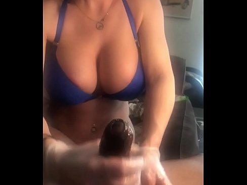 This Corona virus didn't keep Bianca Burke from swiping right on Bumble (full video on my onlyfans.com/SevyanHarden)
