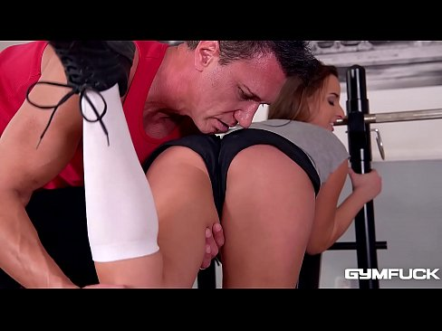 Fit slut Amirah Adara Fucked in her Bubble Butt after a workout