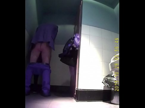 Guy Fucking His Date From Filthy4u.com in Public Toilet on Hidden Cam