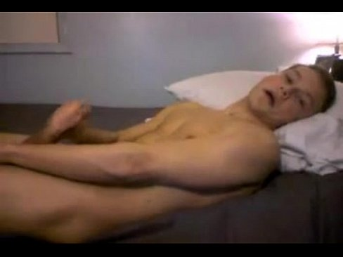 Young Boy Spread his Ass Cums Abs Huge Load Cums on Cam