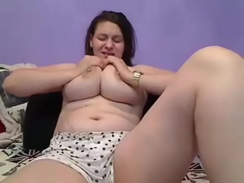 Delicious pregnant teasing her yummy tits on cam's Thumb
