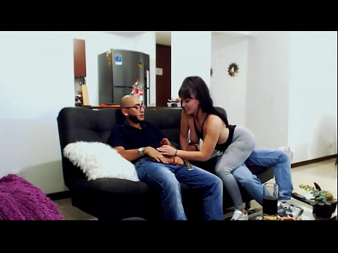 KOURTNEYXLOVE THREESOME WITH THE FRIENDS HUSBAND soldierhugcock