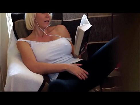 Caught Spying On Mommy Joi Xvideos Com