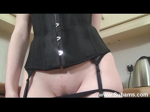 Stunning British Redhead Fucking Herself to Orgasm