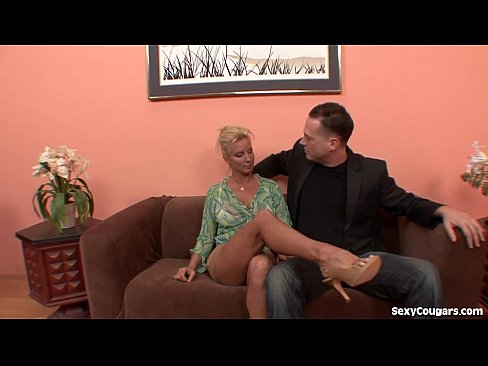 Clip sex Horny Blonde MILF Can't Get Enough Dick