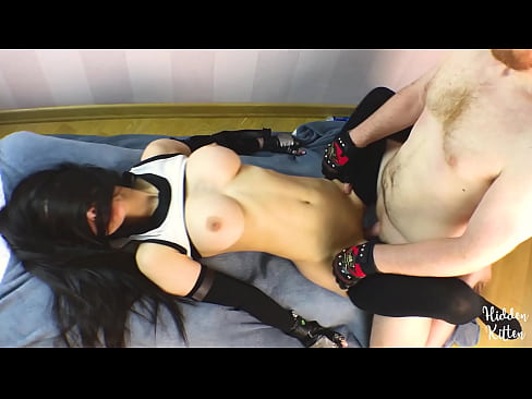 Tifa Lockhart Fucks for Her Life and Gets Covered in Cum