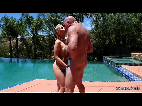 Clip sex Hot teen Penelope Reed Fucks Grandpa