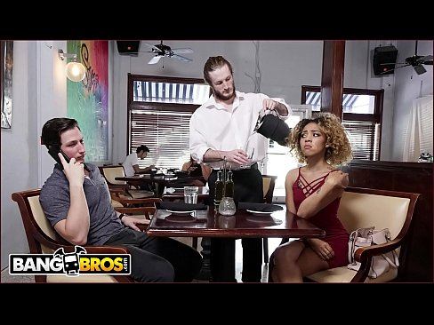 BANGBROS – Xianna Hill Is Being Ignored By Her Boyfriend At Restaurant, So The Waiter Steps In To Help