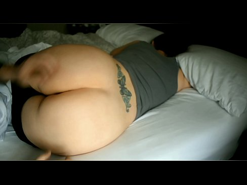 Round ass wife wakes for window play