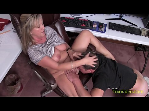 Clip sex Taboo Times with Mom