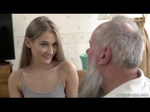 Teen Beauty Vs Old Grandpa – Tiffany Tatum And Albert