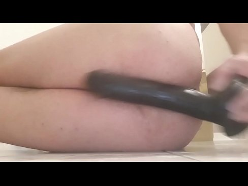 I inserted a 24 cm realistic penis into my ass