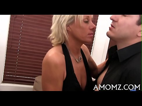 Agile mom can't live out of doggystyle fuck