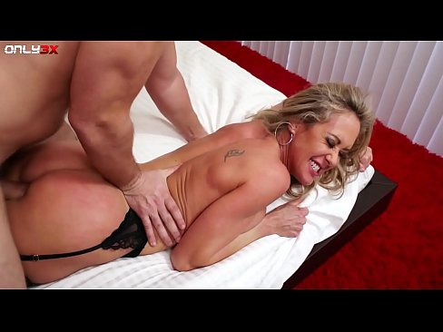 Seductress Milf Brandi Love getting laid with Manuel Ferrera
