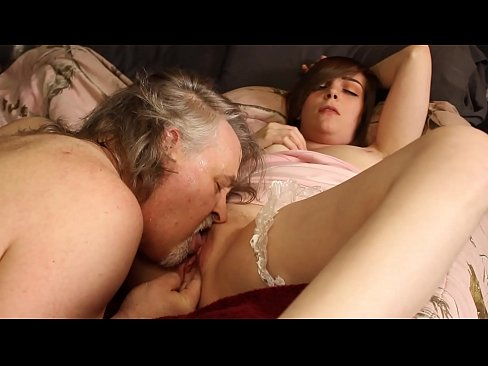 Roxy Squirts In Lee's Face During Oral Sex