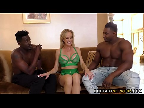 Clip sex Brandi Love Works On Two Big Black Cocks - Cuckold Sessions