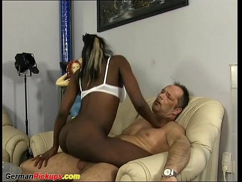 chocolate babe picked up for sex